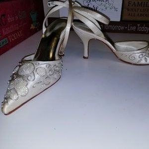 Caparros Shoes - Caparros size7 beaded/jeweled pointed toe pumps